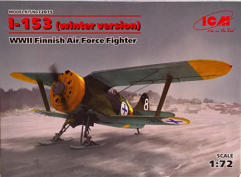 I-153 (Winter Version) WWII Finnish Air Force Fighter, 1:72