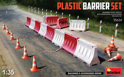 Plastic Barrier Set, 1:35 (Pidemmällä Toimitusajalla)