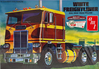 White Freightliner Dual Drive Truck Tractor 1:25