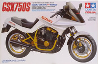 Suzuki GSX 750S New Katana, 1:12 (pidemmällä toimitusajalla)