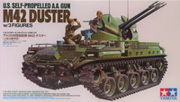 U.S. Self-Propelled A.A. Gun M42 Duster with 3 figures, 1:35