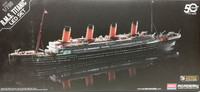 R.M.S Titanic with LED Set, 1:700