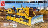 Construction Bulldozer, 1:25