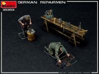 German Repairmen, 1:35