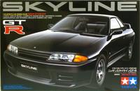 Nissan Skyline GT-R R32, 1:24 (pidemmällä toimitusajalla)