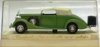 Packard Super-Eight, green & white top 1:43