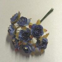 Vaaleansininen ruusu kultareunuksin