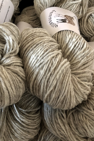 3-ply finnish woolen yarn Light Grey