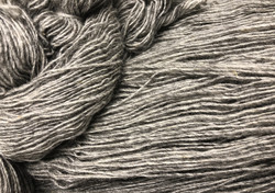 1-ply Finnsheep woolen yarn Grey