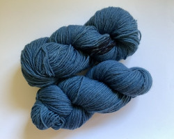 Indigon sininen villalanka