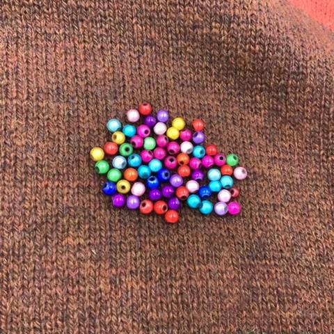Heijastavia värillisiä helmipussi 6mm