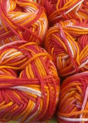 Pirkka-puuvilla Puna-Oranssi kirjava