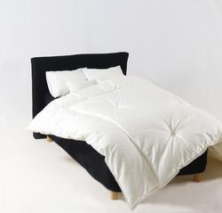 Sängynpäätyhuppu - Napakka musta