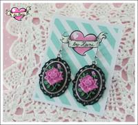 Cameo-korvakorut Ruusu, pinkki/musta