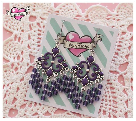 Helmikorvakorut, violetti