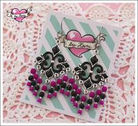 Helmikorvakorut, musta/pinkki