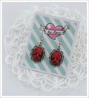 Cameo-korvakorut, Lady Skull, punainen/musta/antiikkihopea