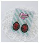 Cameo-korvakorut, Lady Skull, punainen/musta 2