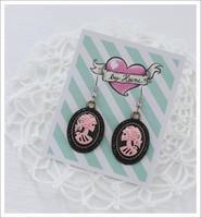 Cameo-korvakorut, Lady Skull, vaaleanpunainen/musta 2