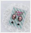 Cameo-korvakorut, Lady Skull, vaaleanpunainen/musta 3