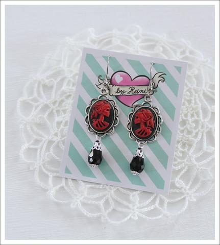 Cameo-korvakorut, Lady Skull, punainen/musta 3