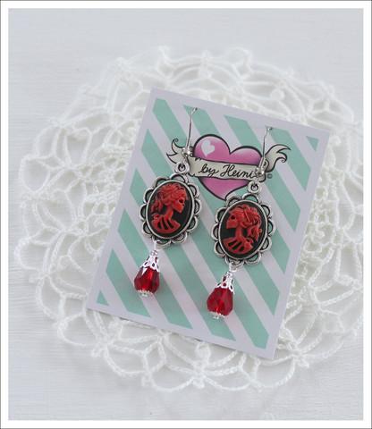 Cameo-korvakorut, Lady Skull, punainen/musta 4