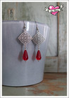 Hedvig-helmikorvakorut, antiikkihopea/punainen