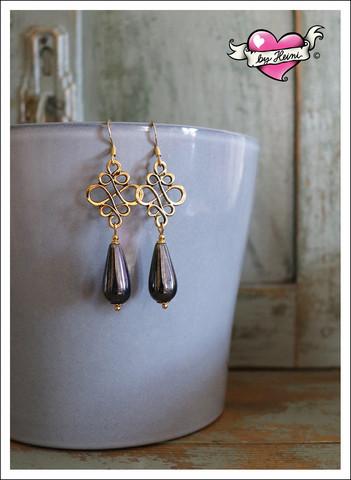 Sisko-helmikorvakorut, kulta/grafiitinharmaa
