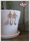 Sisko-helmikorvakorut, kulta/luonnonvalkoinen