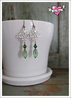 Sisko-helmikorvakorut, antiikkihopea/vihreä