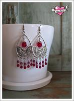 Emilia-helmikorvakorut, antiikkihopea/punainen