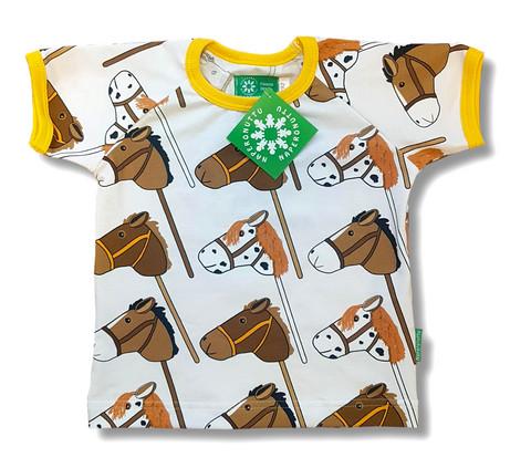 Hobby horse, short sleeve shirt. Jersey, organic cotton