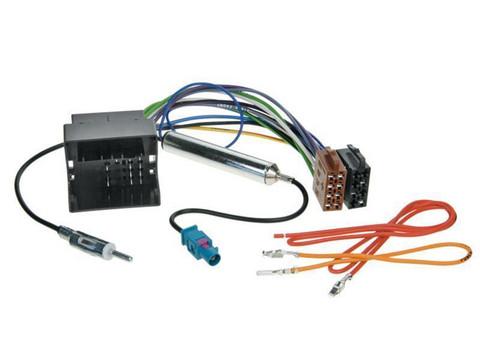 Skoda /VW/ Audi / Seat Quadlock-liitin + antenniadapteri