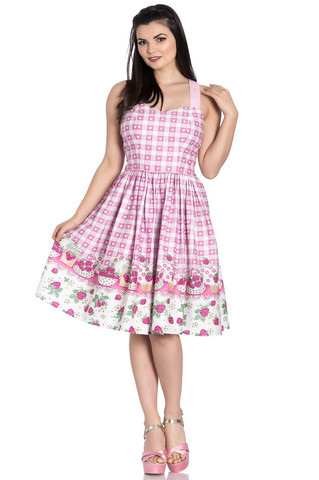 4822 Strawberry Shortcake dress