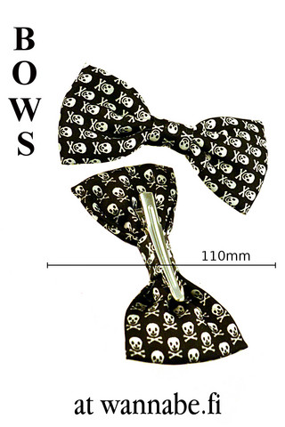 bow on clip, skull