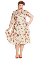 4676 Leah dress, plus size