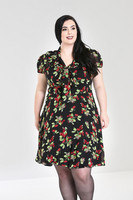 4833 Charlotte dress, plus size