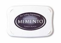 Memento: Tuxedo Black -mustetyyny