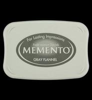 Memento: Gray Flannel -mustetyyny