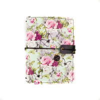 Prima Marketing: Misty Rose Traveler's Journal Passport - kannet