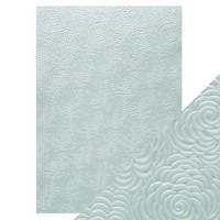 Tonic Studios Embossed Papers A4: Iced Petals- pakkaus