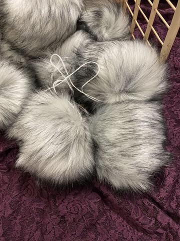 Muhkea keinokarvatupsu 15 cm, classic grey