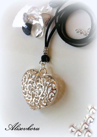 3032 Alise Design Nahka - kaulakoru suuri sydänriipus