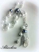 2993 Alise Design  Valkoinen helmiäis  avain / kaulakoru