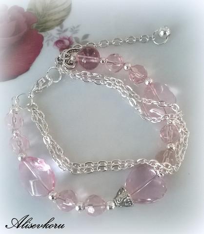 2780 Alise Design - Vaaleanpunainen sydänkäsikoru