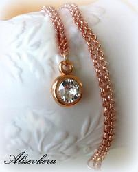 2943 Alise Design - Swarowski kristalli/ruusukultariipus