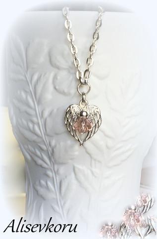 3294 Alise Design siipien suojassa kristallikoru VALITSE VÄRI