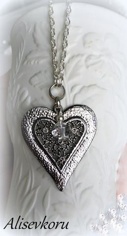 3418 Alise Design Gunmedal sydänkaulakoru kristallilla VALITSE KRISTALLIN VÄRI & PITUUS