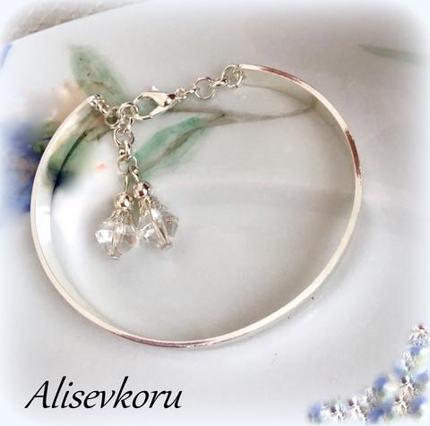 3596 Alise Design rannerengas kristalleilla, pituus säädettävissä.