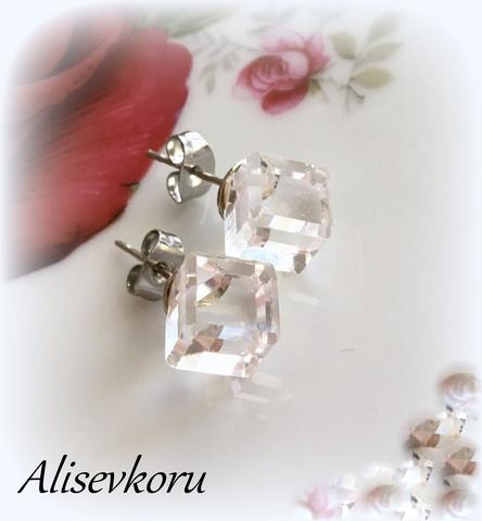 3707 Alise Design  Kristalli korvakorut VALITSE VÄRI